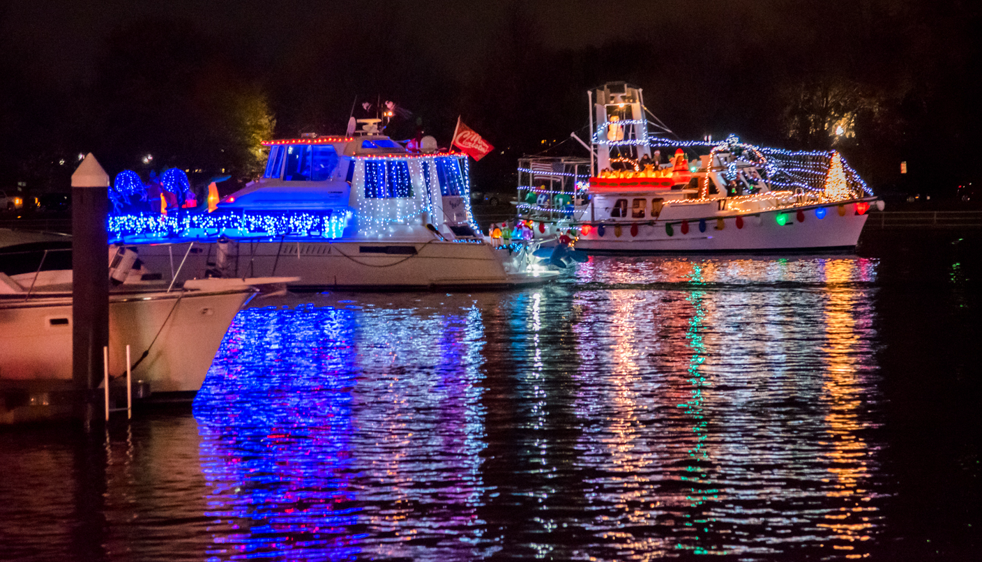 Christmas Boat Parade Decorating Ideas.District S Holiday Boat Parade Winners
